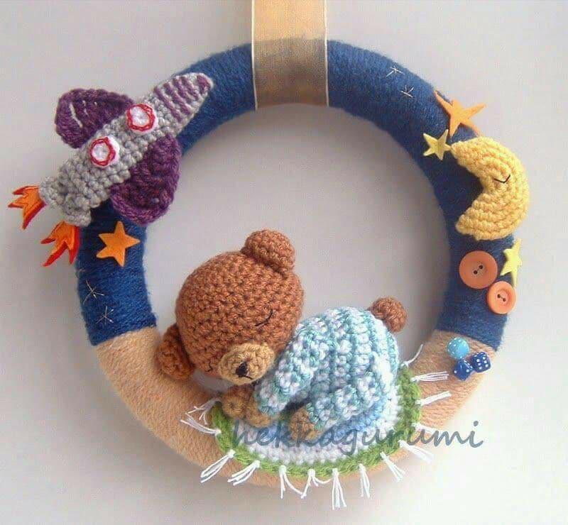 coronas navideñas a crochet para puerta | Amigurumi navideño ... | 740x800