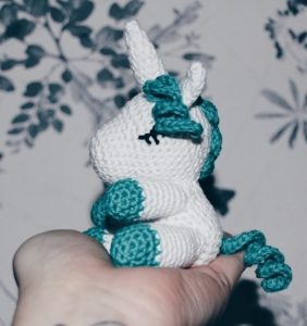 Unicornio, patrón en castellano de Vibemai