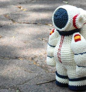 """Colección """"el Espacio"""" – 35 Astronautas y Cohetes espaciales en crochet"""