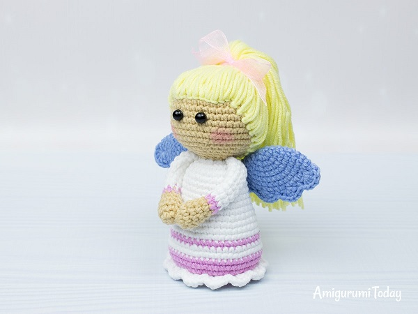 Lovely Angel crochet pattern (With images) | Crochet patterns ... | 450x600
