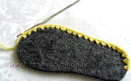 patrón pantuflas para niños con cara de perrito en crochet