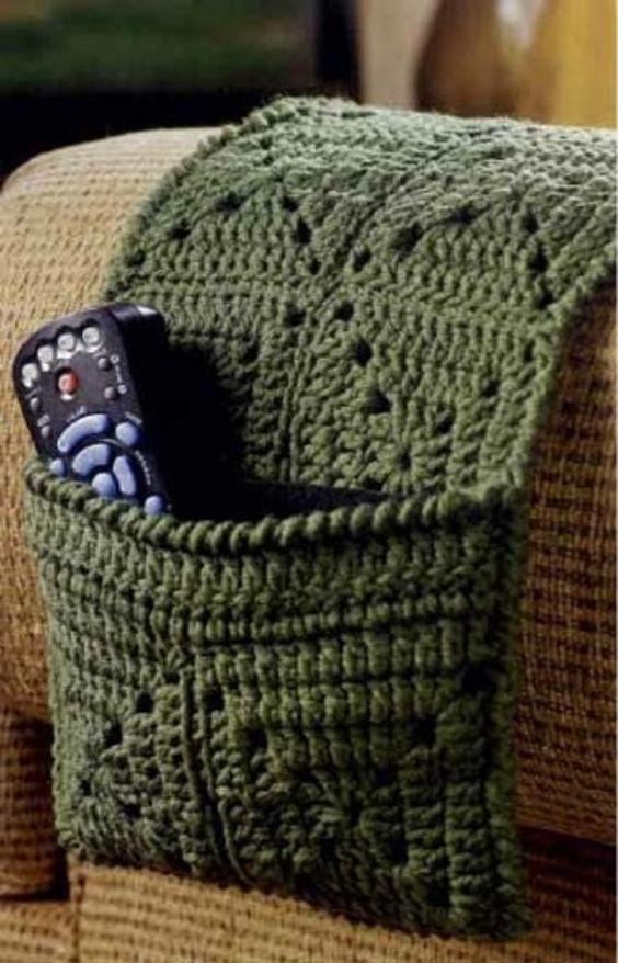 Funda de sofá para el mando de crochet