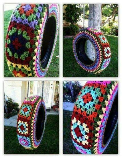 neumático decorado con grannys square