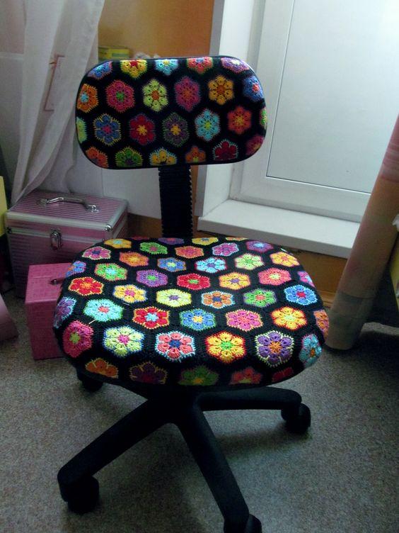 silla de oficina forrada con crochet