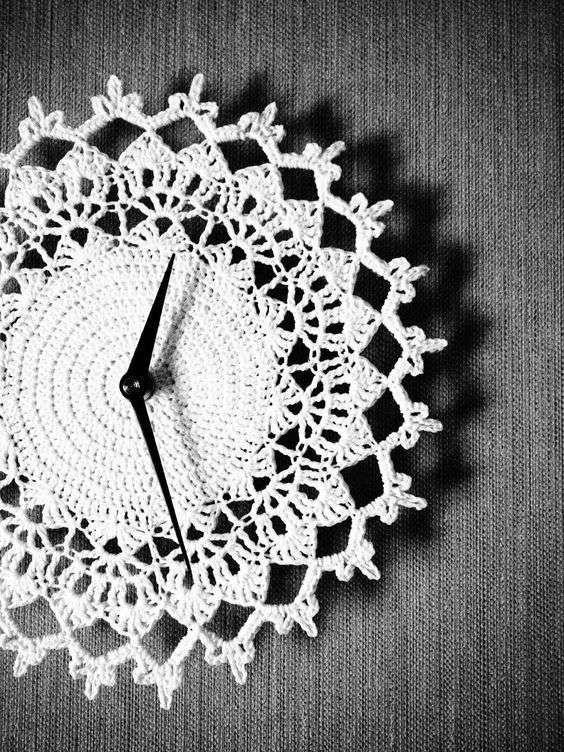 reloj artesanal en crochet