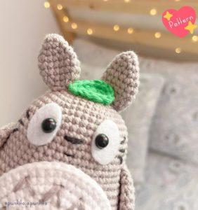 Totoro patrón cortesía de @puntito.apuntito